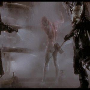 Bruce Willis bum nude