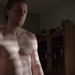 Charlie Hunnam ripped muscles nude