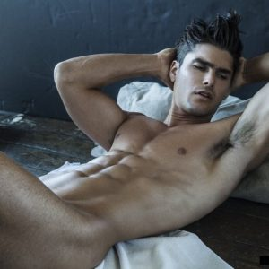 Charlie Matthews Sexy Naked Photos!
