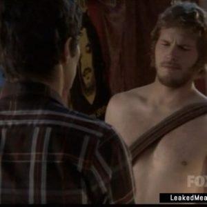 Chris Pratt shirtless pic nude