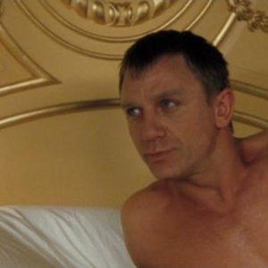 Daniel Craig bulge nude