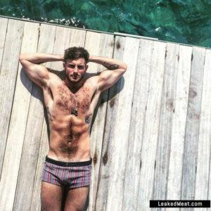Nico Tortorella sexy naked bulge