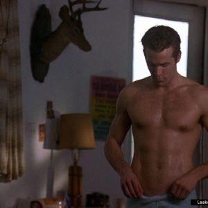 Ryan Reynolds bulge nude