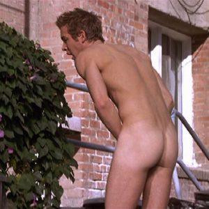 Ryan Reynolds bum nude