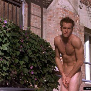 Ryan Reynolds full frontal nude