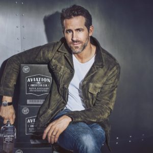 Ryan Reynolds gay sexy