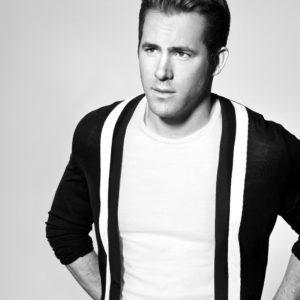 Ryan Reynolds jerk off sexy