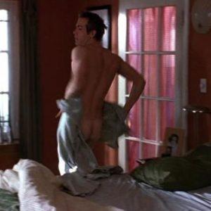 Ryan Reynolds masturbating nude