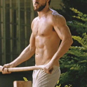 Ryan Reynolds masturbating shirtless