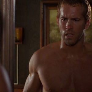 Ryan Reynolds ripped muscles shirtless