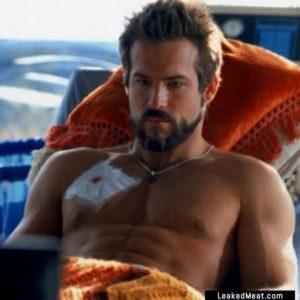 Ryan Reynolds sex pic shirtless