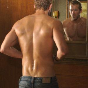 Ryan Reynolds sexy selfie shirtless