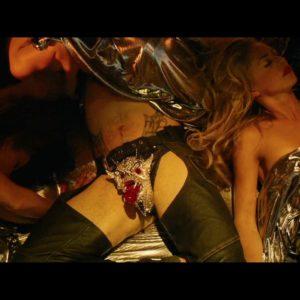 Tom Cruise masturbating nude