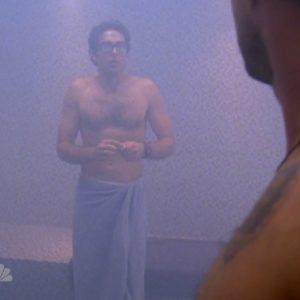 Zachary Levi stud nude
