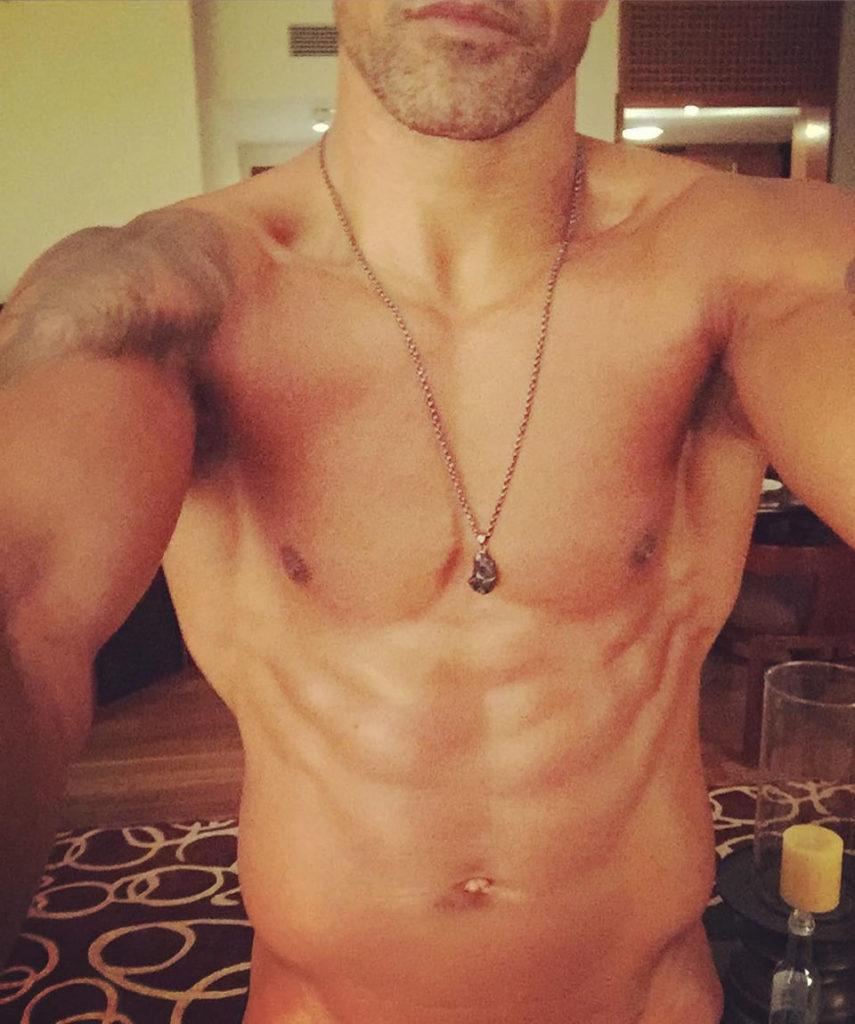 Shemar Moore naked selfie