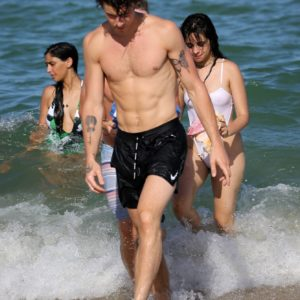 Shawn Mendes | MaleCelebs 7