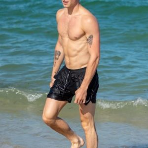 Shawn Mendes | MaleCelebs 25
